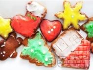 Коледни меденки със захарна глазура
